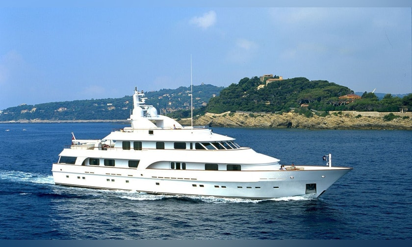 146′ Hakvoort Motor Yacht BIG EASY For Charter