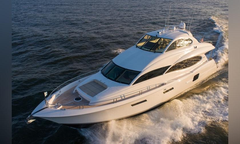 80′ Lazzara Yachts Enclosed Bridge Summerwind